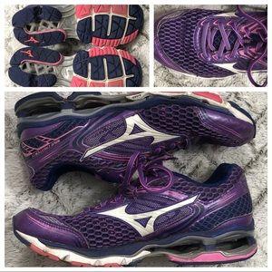 Mizuno Womens Sneakers Size 9.5 Wave Creation 17